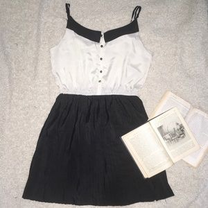 silky pleated black and white dress